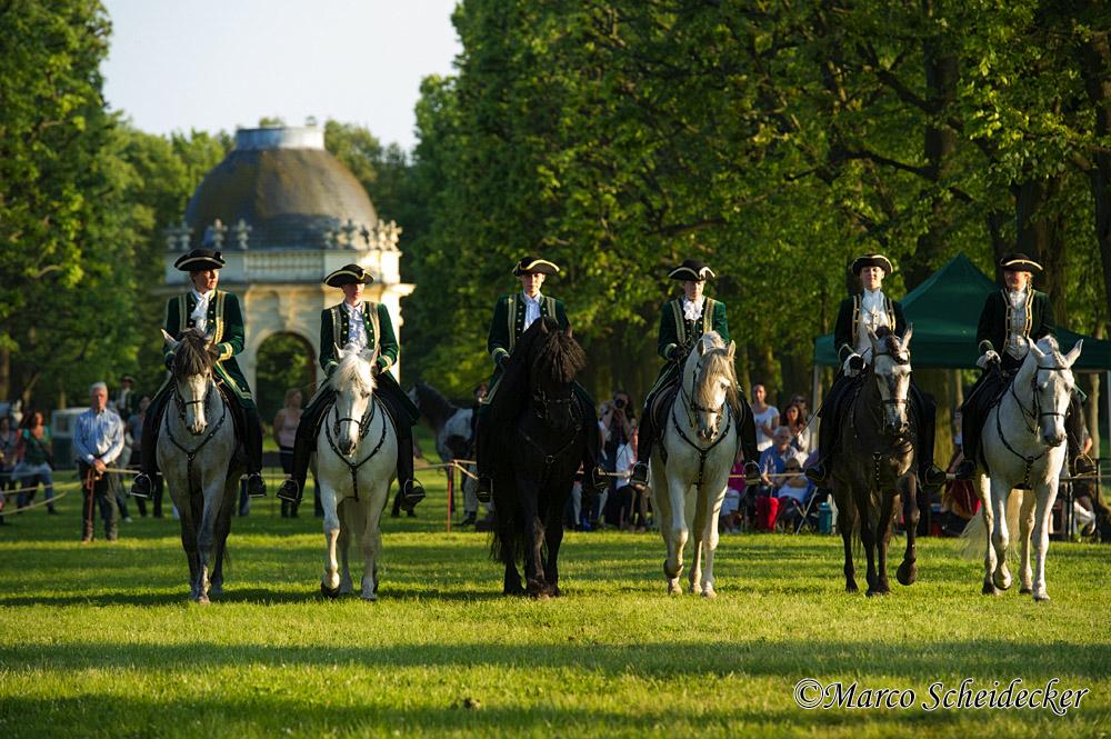 Herrenhäuser Gärten Feuerwerk Der Pferde 2013 Pas De Six